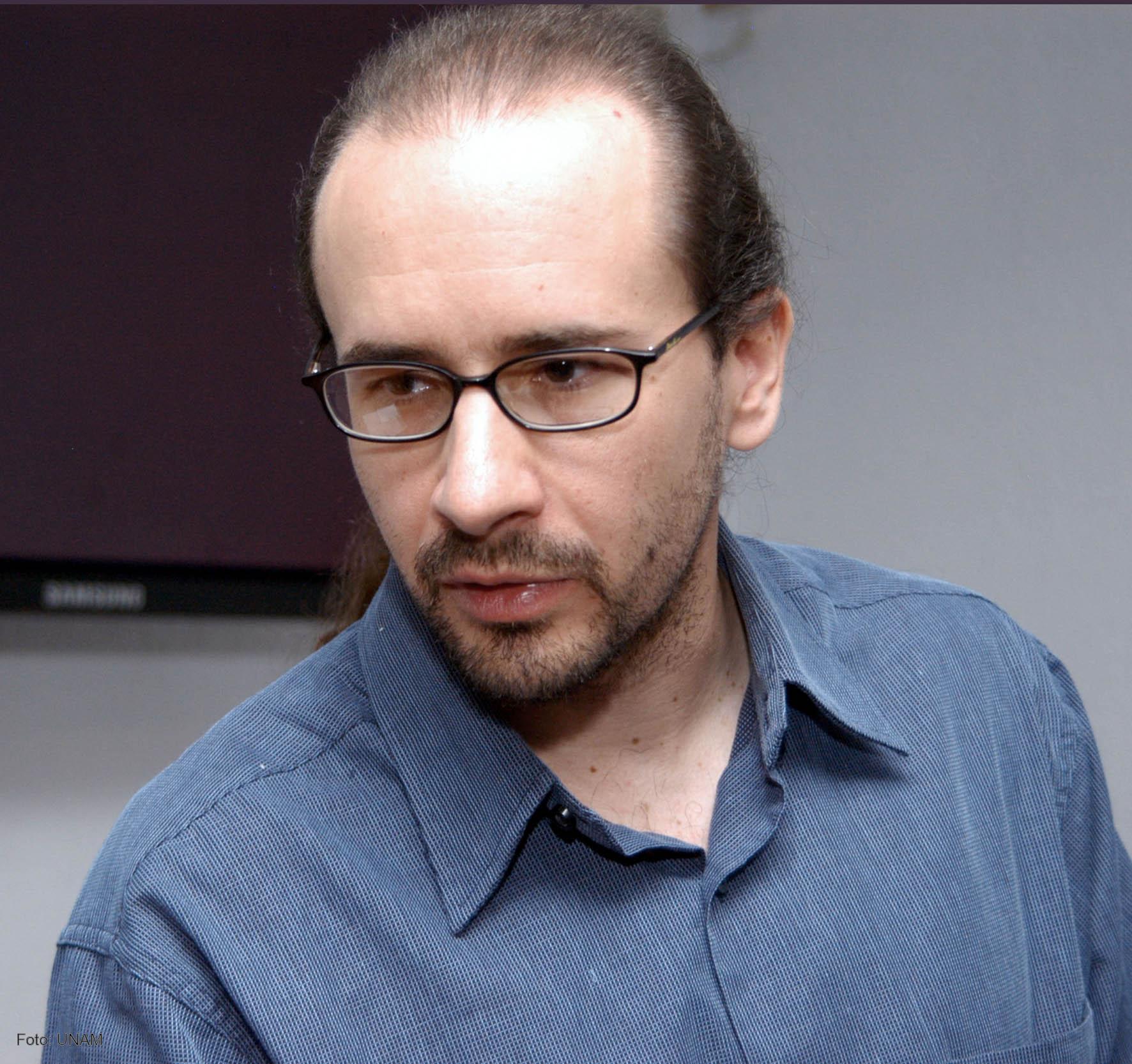 Francisco Estrada Porrúa, del Centro de Ciencias de la Atmósfera de la UNAM. - 24496